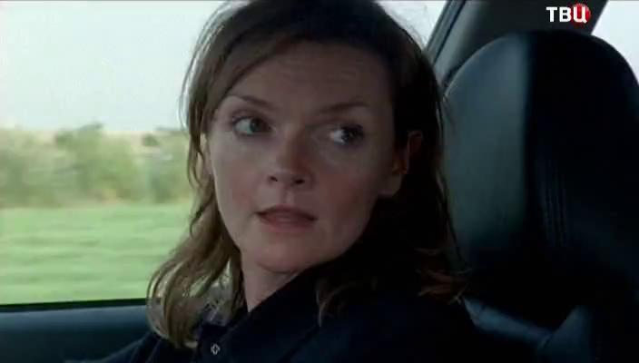 Напарница Линли по работе в полиции - Барбара Хейверс Подробнее на Отзовик: http://otzovik.com/review_3007711.html